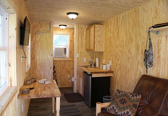 Camo-Container-Cabin-Inside-(16)-min